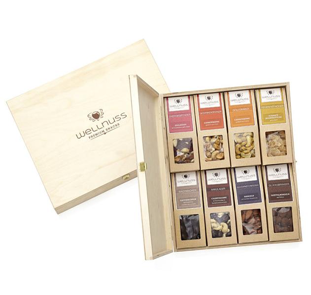 Premium 8er Wellnuss Snack Birkenholzbox
